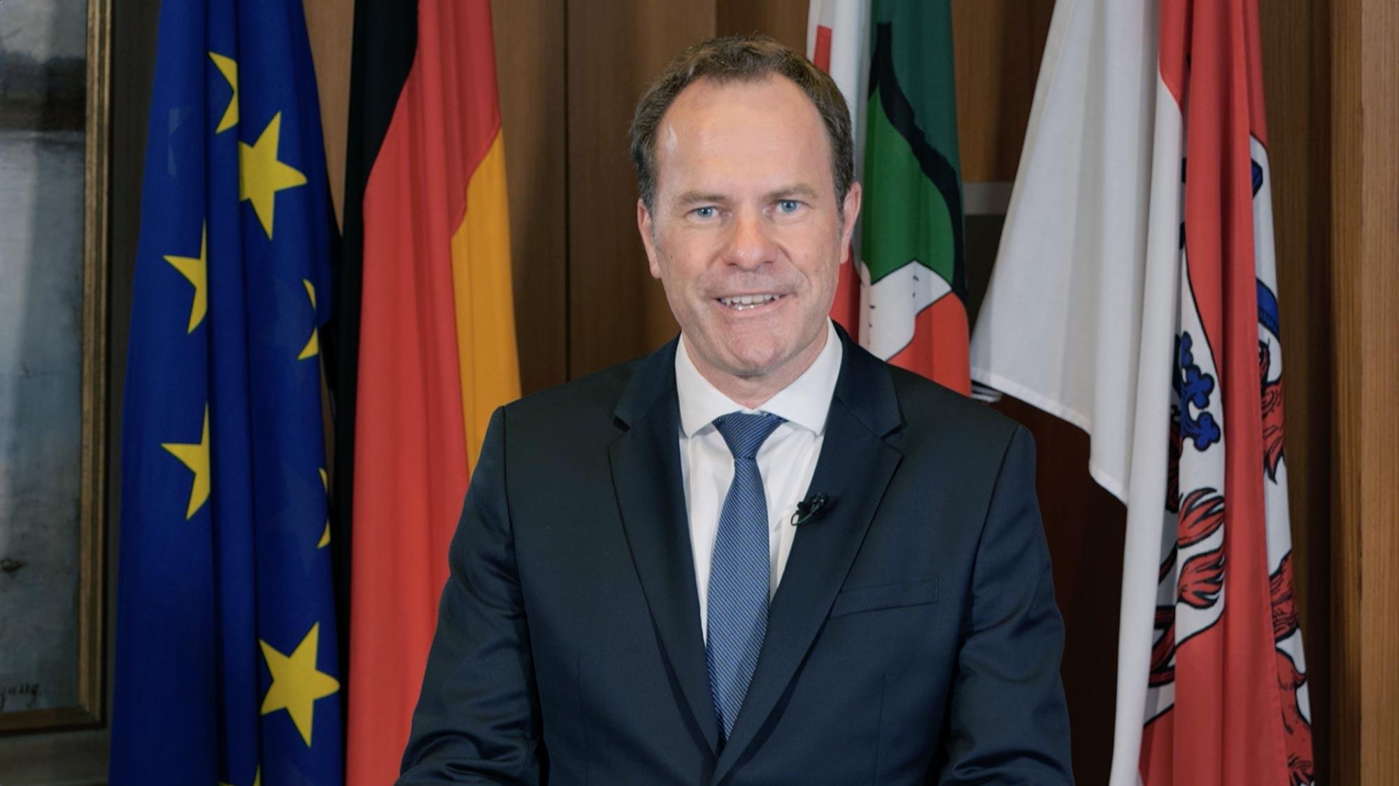 video-greeting-mayor-duesseldorf-keller-mimo-sde21-22